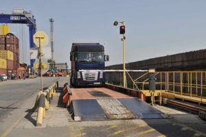 Какой размер штрафа за перегруз грузового автомобиля в 2019 году