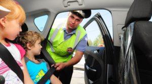 Какой штраф выпишут за перевозку детей без автокресла в 2018 году