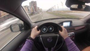 Что такое круиз-контроль в автомобиле, и как он используется