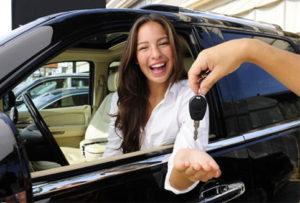 Как правильно вписать в страховку еще одного водителя